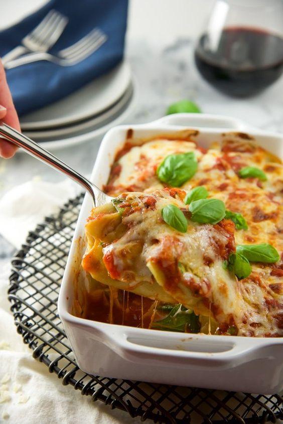 Baked Spinach and Mozzarella Ravioli Florentine
