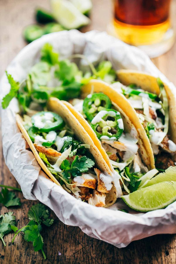 20-minute ancho chicken tacos