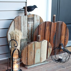 DIY Reclaimed Wood Pumpkins