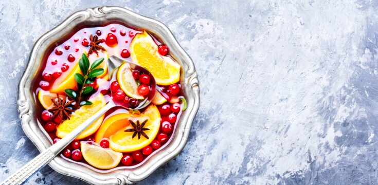 Indulgent & Festive Sparkling Pomegranate Cocktail 2