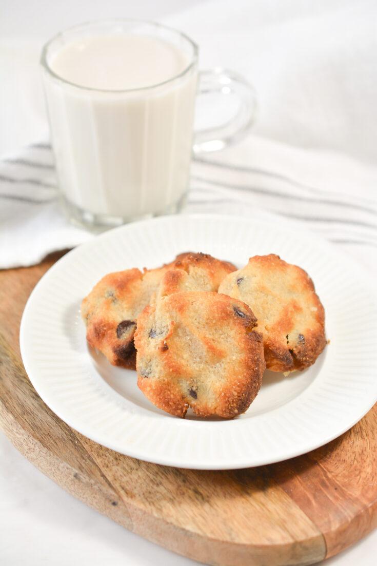 Best Keto Air Fryer Chocolate Chip Cookies 5